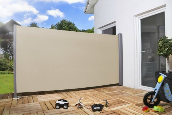 seitenmarkise im test 2018 sichtschutz sonnenschutz uvm neu. Black Bedroom Furniture Sets. Home Design Ideas